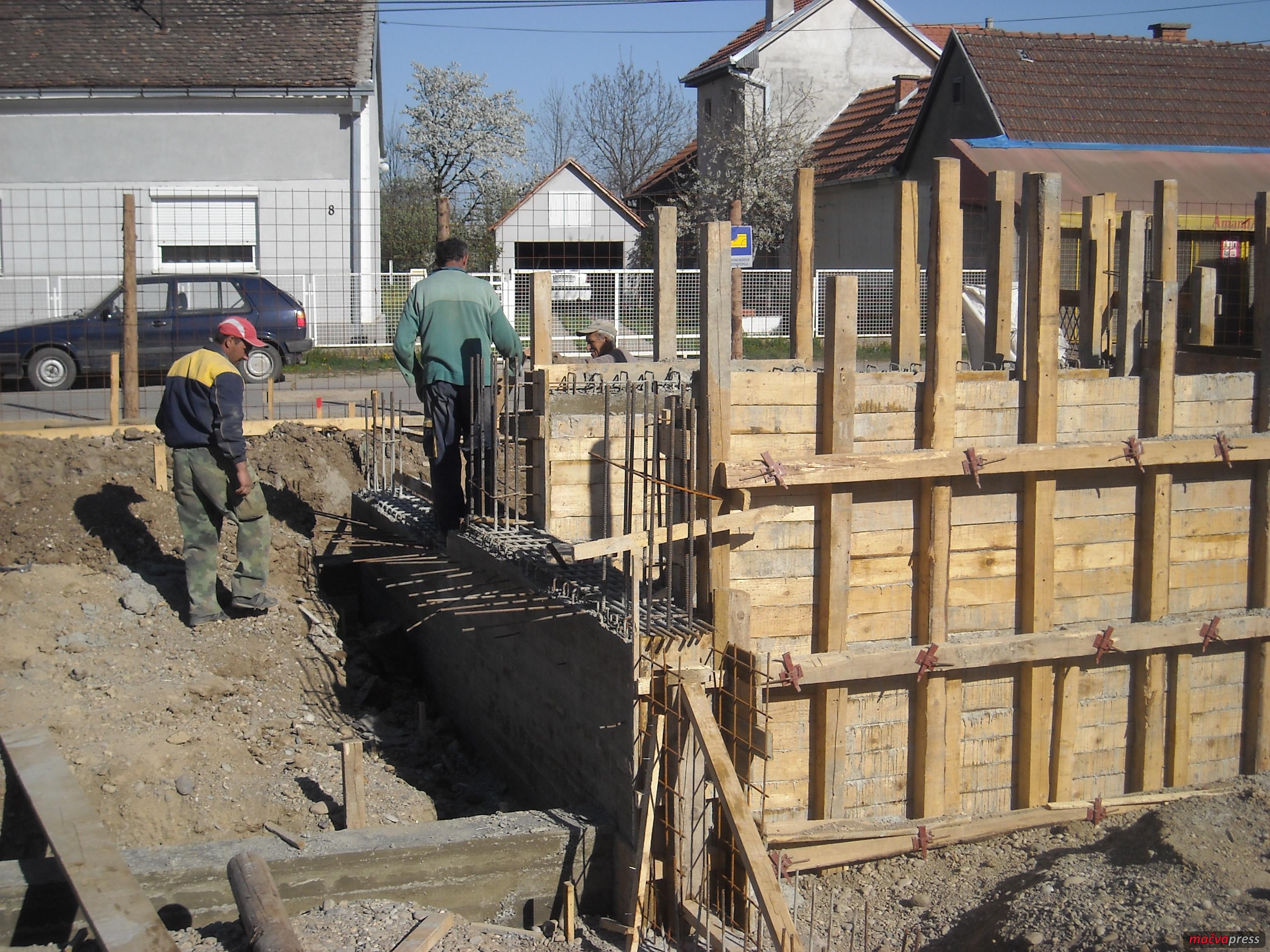 """Gradnja - Za 200 """"divljaka"""" doneta rešenja za rušenje"""