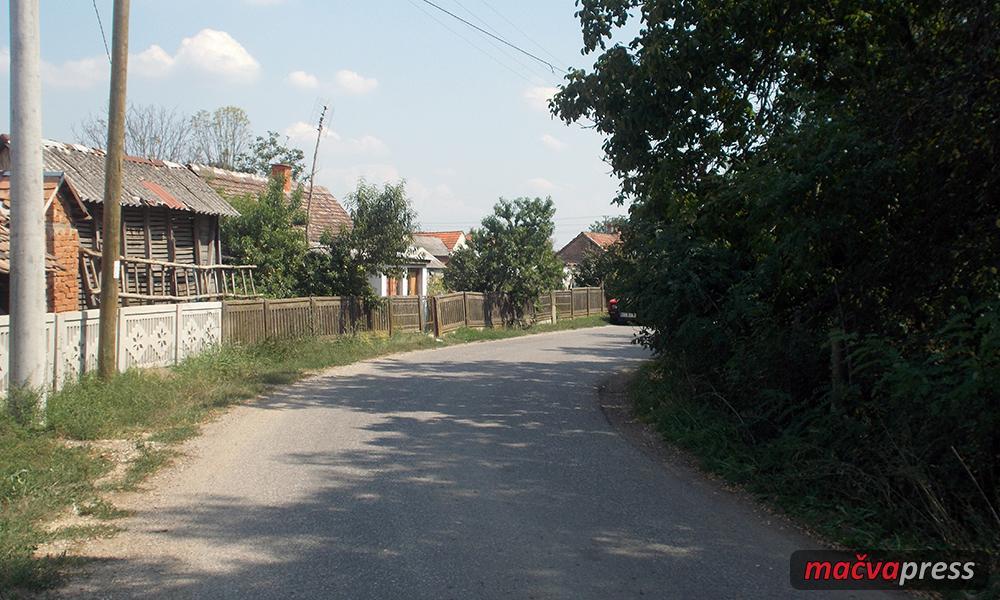 Prirastaj Naslovna - Тужна слика наших села - лане рођено само 185 беба, а умрло 495 људи!