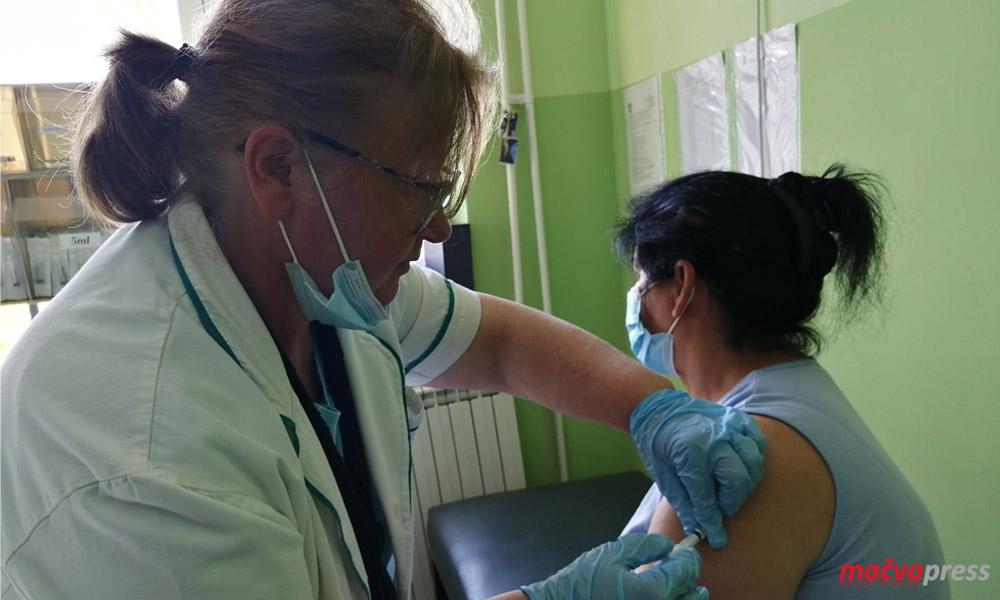 Badovinci Vakcina Naslovna - УПОЗОРЕЊЕ: РАСТЕ  БРОЈ ОБОЛЕЛИХ И ХОСПИТАЛИЗОВАНИХ, НА СНАЗИ СУ ОВЕ ПРЕВЕНТИВНЕ МЕРЕ